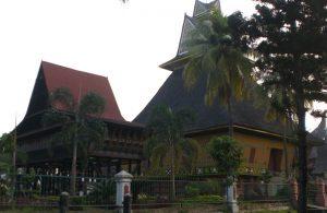 Salah satu rumah adat di TMII